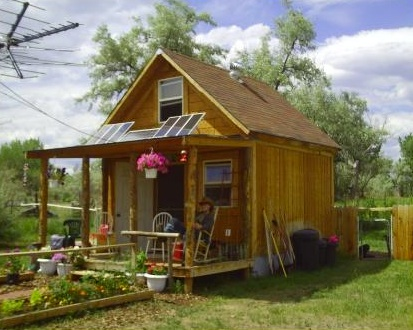 LaMar's Small Off Grid Solar Cabin