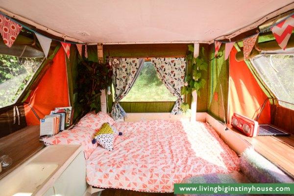 lily-pop-up-camper-tiny-living-003