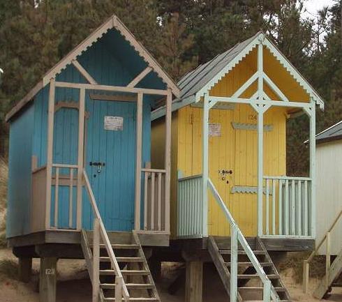 little-beach-huts-2