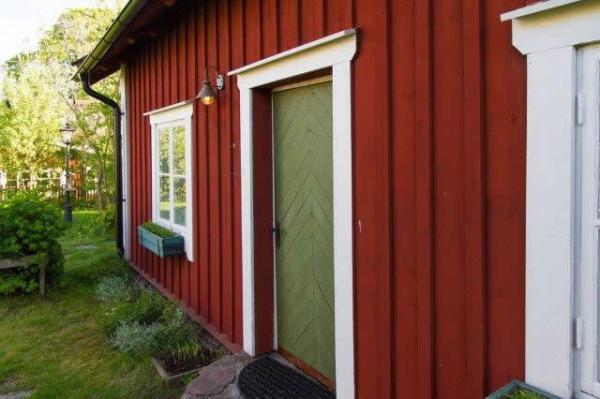 little-village-cottage-sweden-003