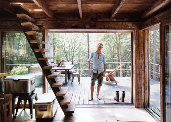 Small Rustic Cabin Completely Off-Grid (4)