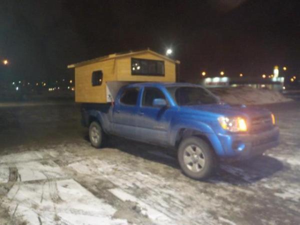 micro-truck-camper-cabin3