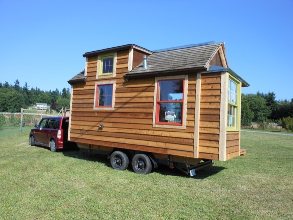 mighty-micro-house-for-sale-002