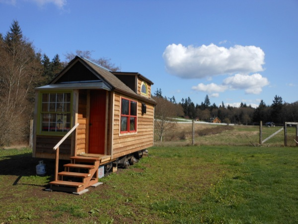 mighty-micro-house-for-sale-004