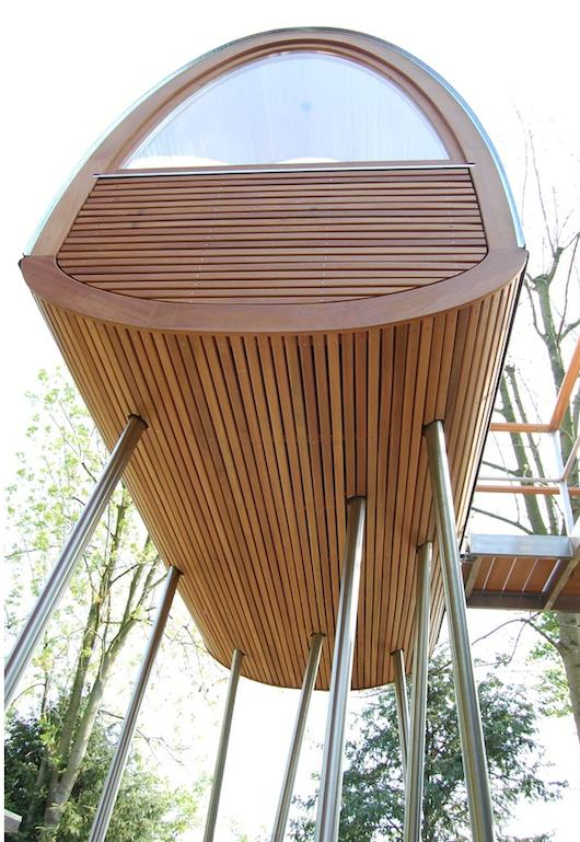 Modern Treehouse - Baumraum - King of the frogs | Tiny House Talk