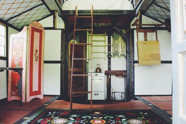 movie-set-tiny-house-013