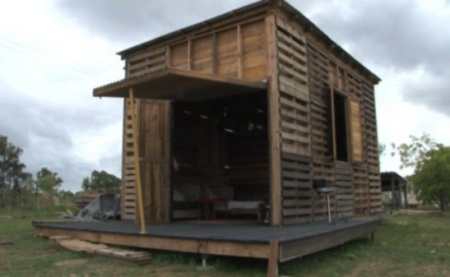 Student Builds Recycled Pallet Tiny House