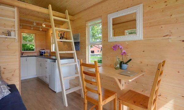 poco-edition-tiny-house-on-wheels-by-tiny-living-homes-003