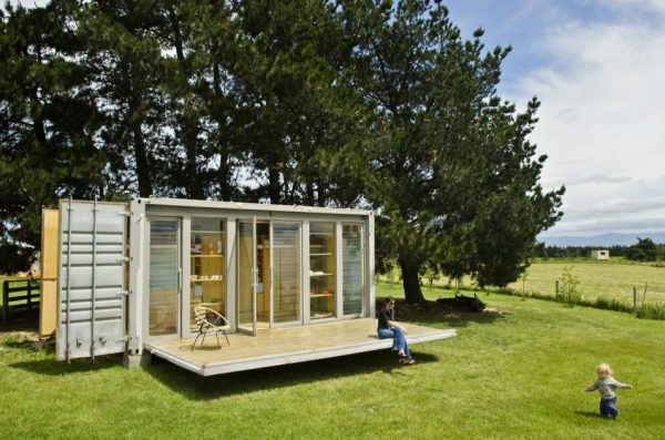 port-a-bach-atelierworkshop-20-shipping-container-tiny-house-001