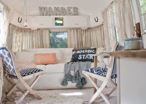 renovated-airstream-with-anthropologie-and-sarah-schneider-005
