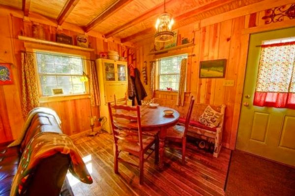riverfront-tiny-cabin-in-the-woods-for-sale-05