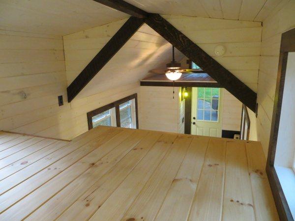 Tiny Home Designs: Robins Nest Tiny House: Full Tour & Photos