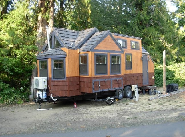 Lightweight Tiny House on Wheels with Two HUGE Slide Outs