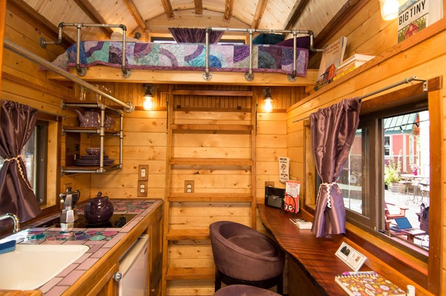 Roly Poly 80 Sq Ft Tiny House Vacation in Portland Oregon