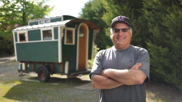 russ-gypsy-wagon-tiny-house-001
