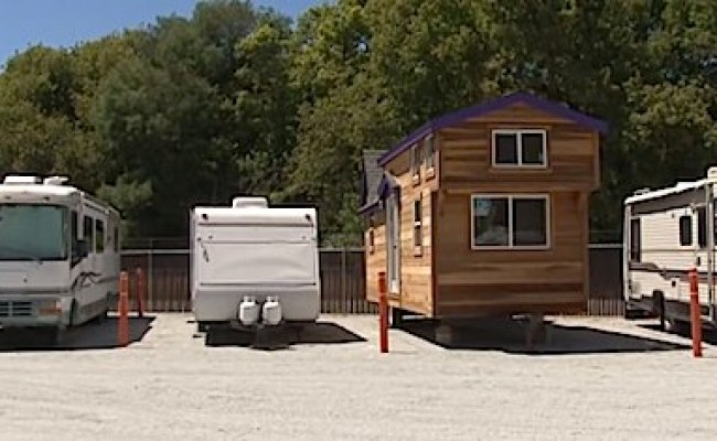 The Difference Between Rvs And Tiny Houses On Trailers