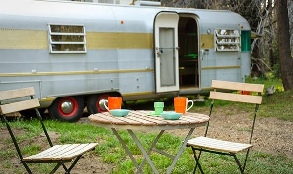 silverstreak-30-travel-trailer-to-cabin-renovations-02