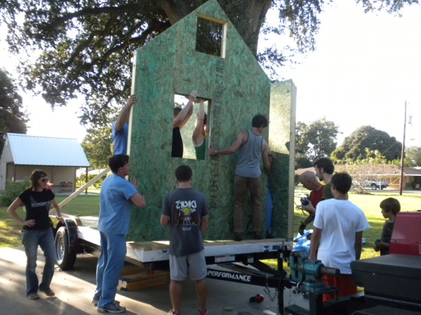SIP Tiny House Construction: Putting up Walls