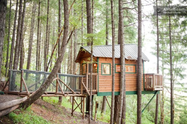 sleeper-treehouse-cabin-07