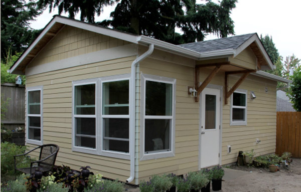 Micro Backyard Cottages