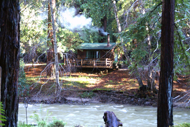 small-cabin-4