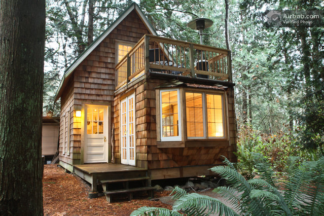 Tiny Cottage In Washington