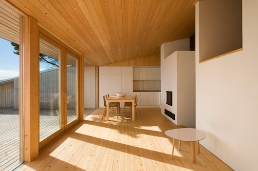 Small Wedge House - Interior Pictures