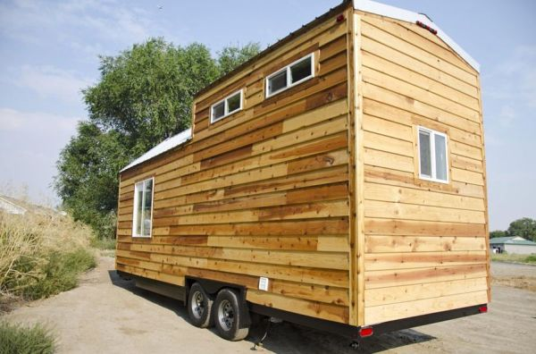 spacious-tiny-house-on-wheels-by-tiny-idahomes-0011