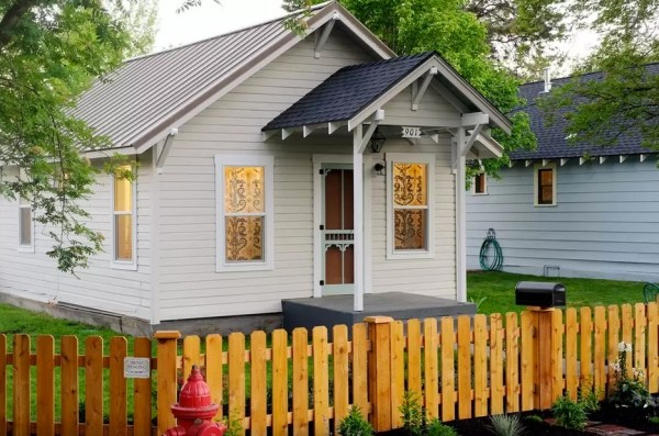 Retro Sparrow Cottage in Bend, OR