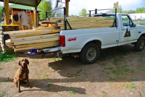 stanley-rocky-mountain-tiny-houses-log-cabin-on-wheels-flipping-overhangs-greg-parham-0003
