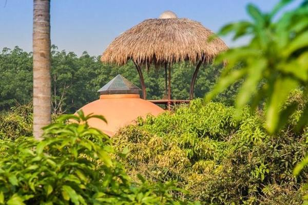 steve-areen-tiny-dome-home-in-thailand-009