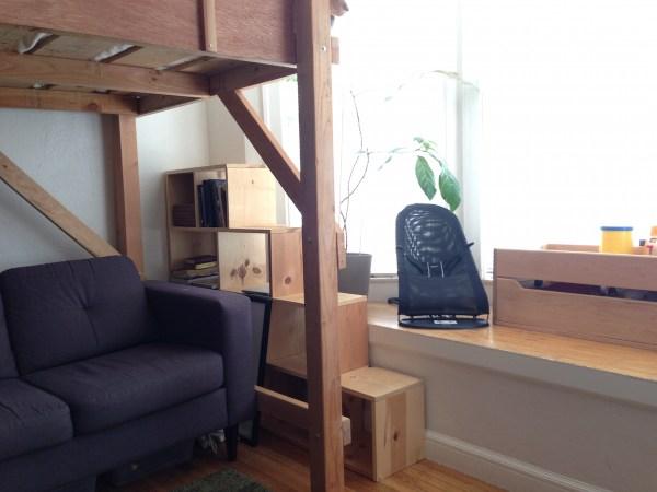 studio-apartment-stair-shelves1