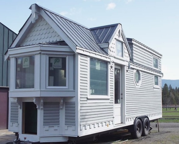 The Heritage Tiny House On Wheels Vintage