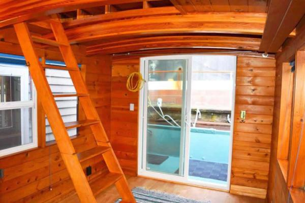 tao-tiny-houseboat-lake-union-smallhousebliss-002