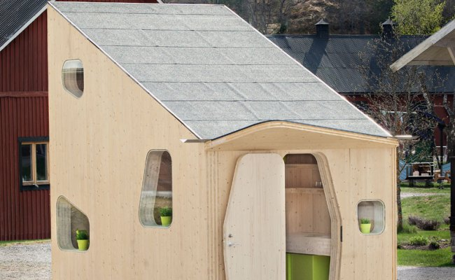 Tiny House As Smart Affordable Student Housing