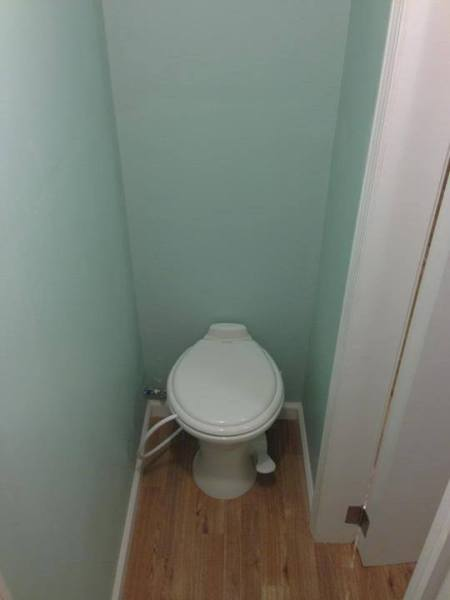 Air Flush Toilet