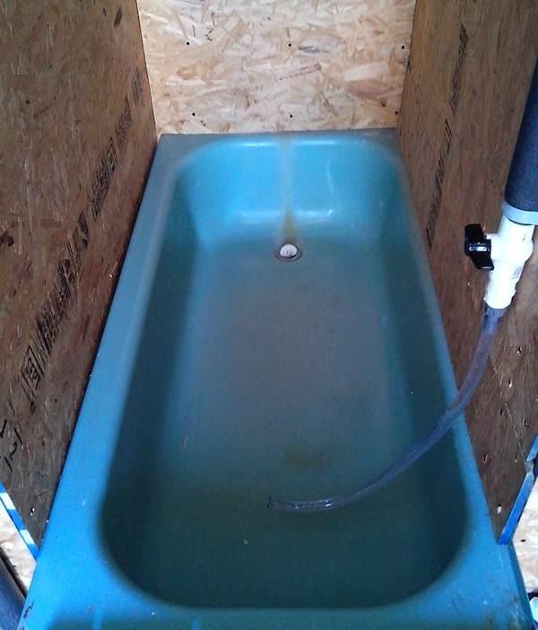 texas-sized-outhouse-004