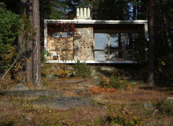 the-box-215-sq-ft-tiny-cabin-by-ralph-erskine-0010