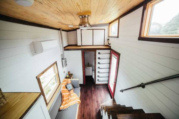 the-chimera-tiny-house-wheels-wind-river-tiny-homes-033