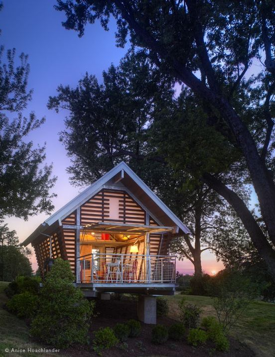 the-crib-broadhurst-architects-tiny-cabin-for-sale-0001