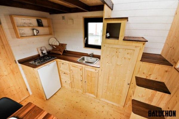the escapade tiny house 006