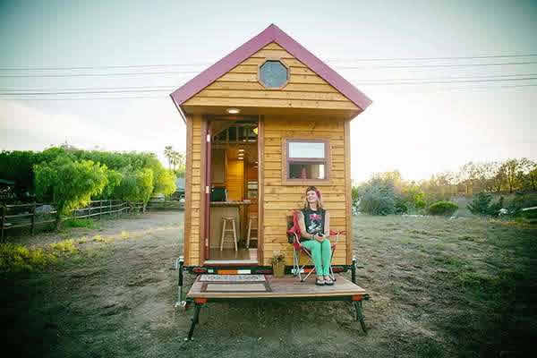 the-freedom-tm-tiny-home-wheels-001
