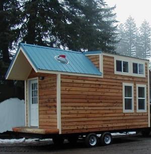 the-hamptons-cabin-by-tiny-portable-cedar-cabins-001