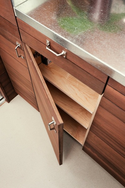 the-miterbox-tiny-house-on-wheels-020