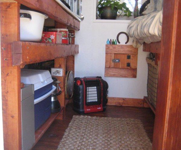 the-nest-tiny-house-on-wheels-by-marsha-cowan-0003