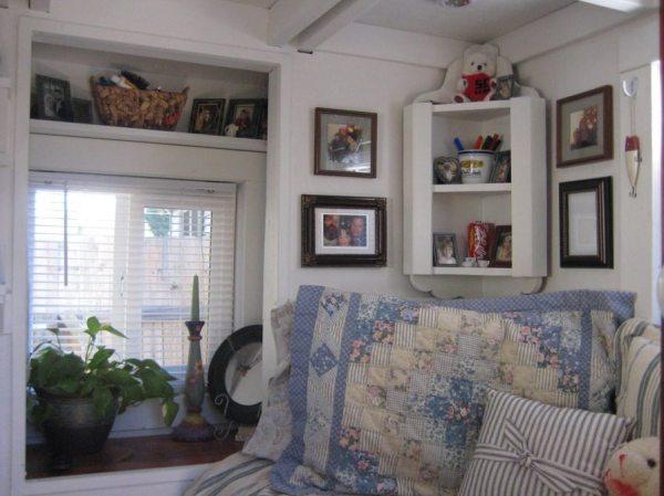 the-nest-tiny-house-on-wheels-by-marsha-cowan-0004