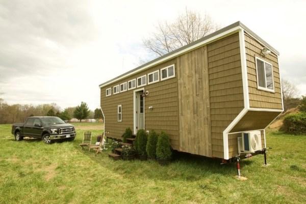 208 sq ft tiny house on wheels in fredericksburg va. Black Bedroom Furniture Sets. Home Design Ideas