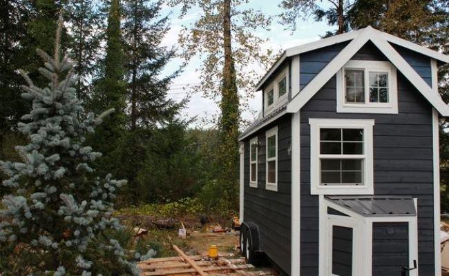 Tiny Heirloom Luxury Homes On Wheels