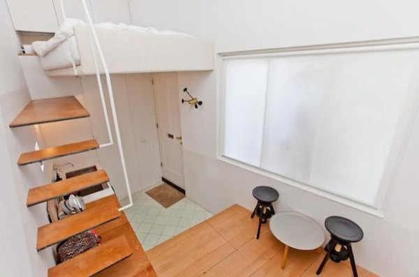 tiny-house-for-sale-in-london-0002