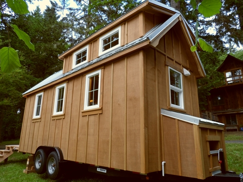tiny-house-on-wheels-by-oregon-cottage-company-01